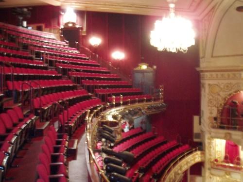 apollo_theater_lights2